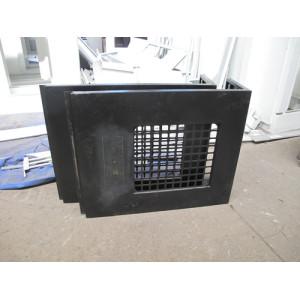 Corte láser de acero inoxidable y procesamiento de soldadura de chapa Ventana lateral
