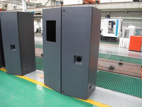 激光切割的机械加工电器柜
