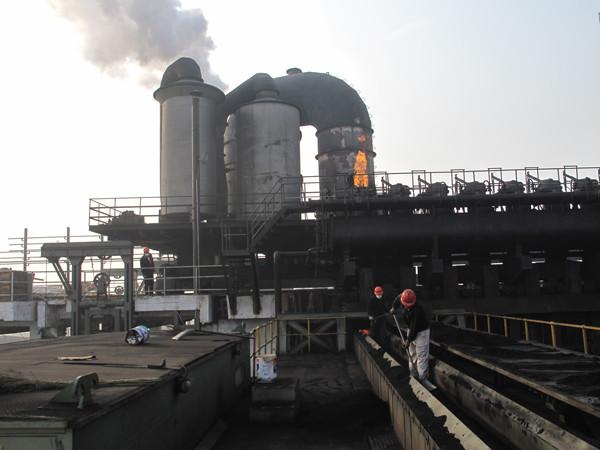 大規模な環境保護コークスオーブン機械設備の煙とほこり除去車両