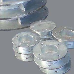Hochwertiger Stahlflansch für den Anschluss von Geräteleitungen