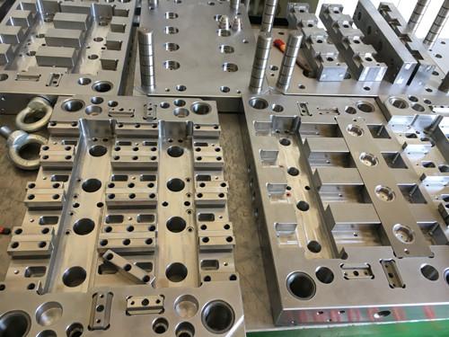 高效优质的模具注塑成型与加工