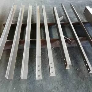 Hochharte Stahlsäulen und Träger aus werkseitig angepassten Komponenten der Geräteplattform
