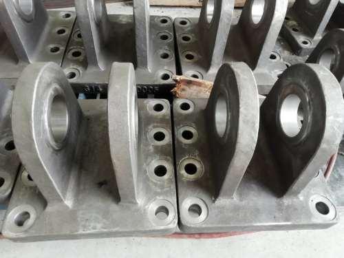 Bearbeitung der Flanschbasis aus massivem und feinem Stahlguss