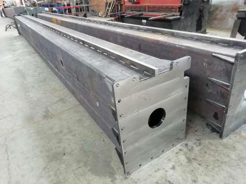 制造大型防撞钢结构设备立柱