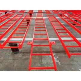 Safe and reliable welding movable Steel climbing ladder