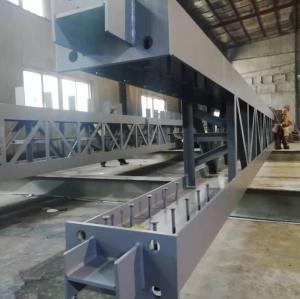 Stahlnaht Gittersäule mit starker Achsverbindung von Stahlträger und Stahlsäule