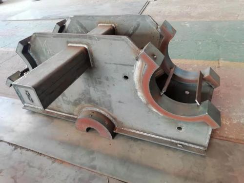 左夯实装煤车的钢焊接件