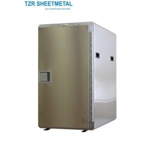 Metallfertigung eines Operationsständers für Fertigungsmaschinen