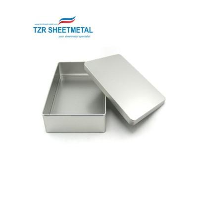 OEM Custom Aluminium Pulverbeschichtung schwarzer Blechkasten für elektrische Teile