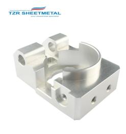 高精度のアルミニウム精密CNCのフライス盤の部品