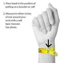 How to measure your wrist