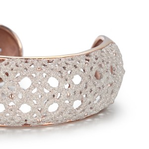 White mineral dust filigree stainless steel rose gold bangle