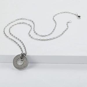 Collana pendente in argento con smeraldi