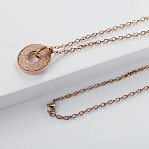 Collier avec pendentif émeri plaqué or rose 18 carats