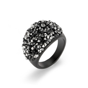 Black Cluster Rings