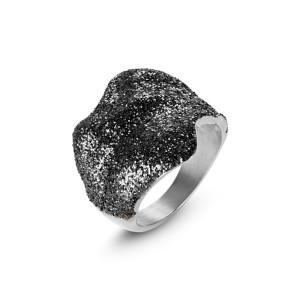 Black Silver Wavy Ring