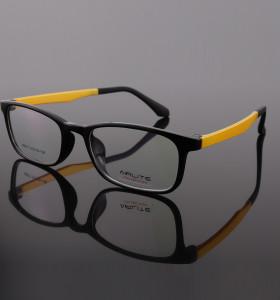 أزياء نمط جديد مشرق النظارات الملونة TR النظارات البصرية إطارات خفيفة الوزن رخيصة الثمن