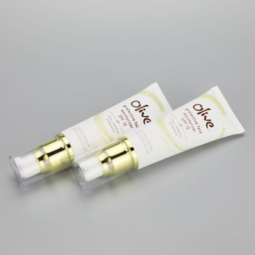 50g face moisturiser BB cream cosmetic plastic tube with gloden airless pump and clear cover