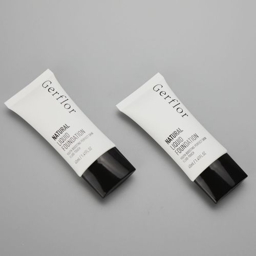 40ml/1.41oz oval cosmetic tube for natural liquid foundation with black screw on cap