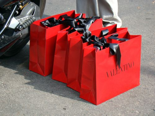 Kraft paper bag custom shopping bag red paper packaging