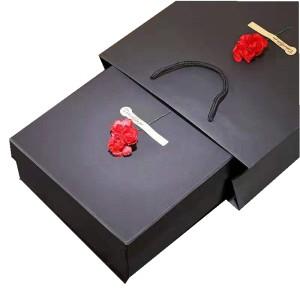 Custom Handmade Size Black  Rigid Cardboard Gift Box Packaging