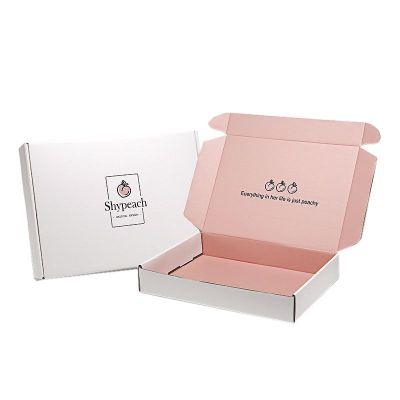 Custom Curatd Print Black Corrugated Mailer Box Packaging With Logo