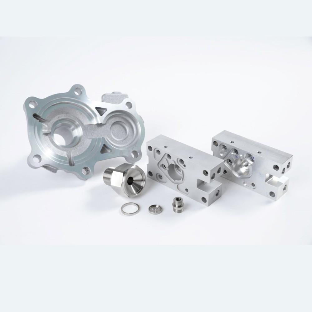 Aleaciones de acero inoxidable y níquel para componentes