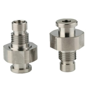 Hochtolerante kundenspezifische CNC-Bearbeitungskomponenten für Autoteile
