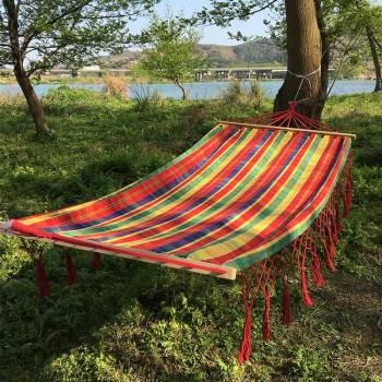 Cotton patio garden hammock swing chair hanging with wooden sticks