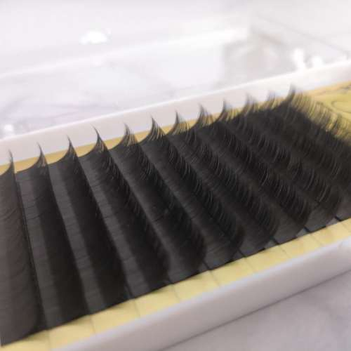 Faux Mink Eyelash Extensions Mixed Trays Silk Individual Lash Extensions for Professional Salon Use