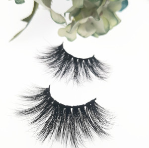 Qingdao Veteran best selling siberian mink 3d  25mm eyelashes wholesale with eyelash packaging box