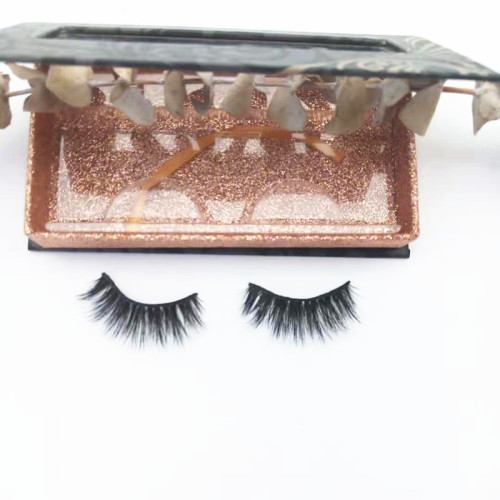 Qingdao veteran curelty OEM service false eyelashes mink fur lashes