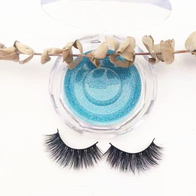 Qingdao veteran 100% handmade mink eyelash with custom package boxes