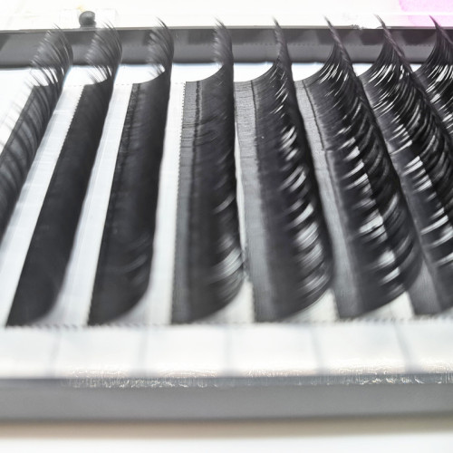 Best quantity 0.07 thickness D curl 14mm short  premade fans volume eyelash extensions