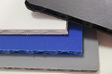 Colored matt and rough honeycomb board