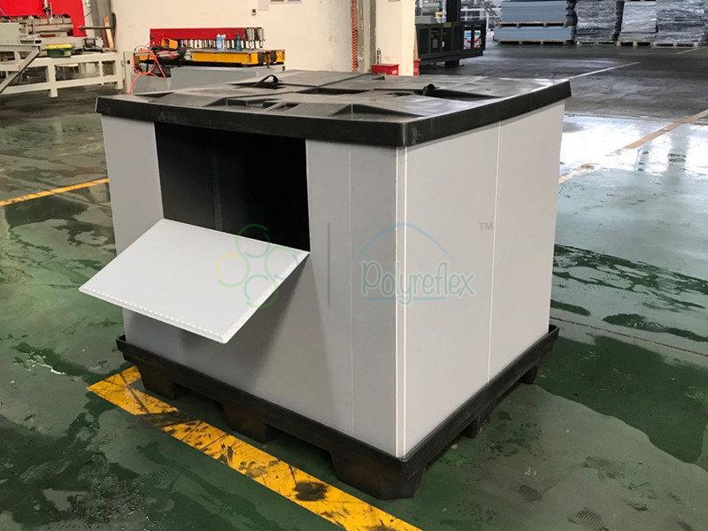 pallet box with unloading door