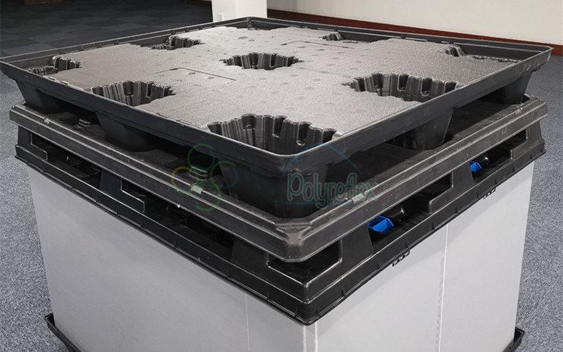Stackable plastic pallet box