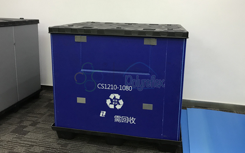 Blue pallet container with custom printing
