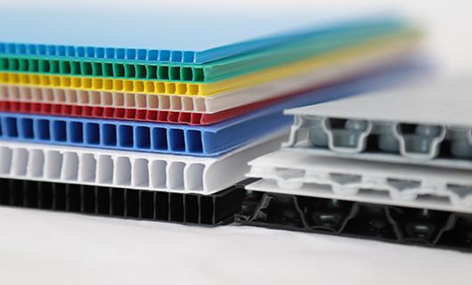 Velcro for reusable plastic boxes