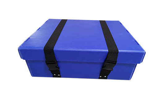 Stacking corner and pvc extrusion for reusable plastic box