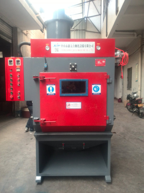 Tracked automatic sandblasting machine burr machine
