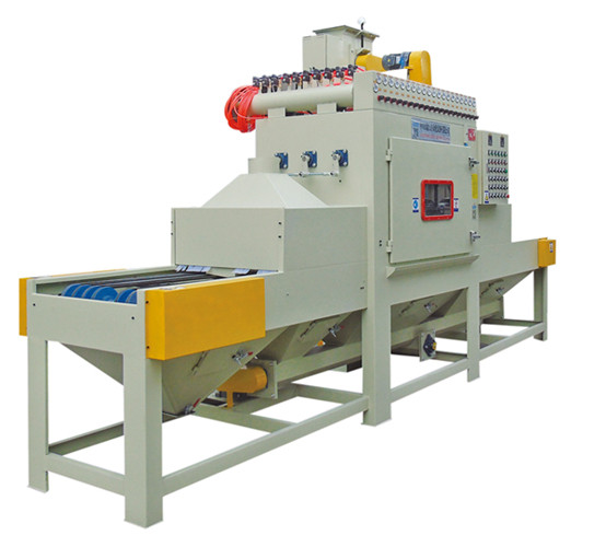 Mobile phone shell conveying type sand blasting machine