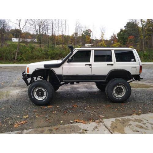 4X4 snorkel for the Jeep Cherokee/Liberty XJ 01/1985 - 01/1995