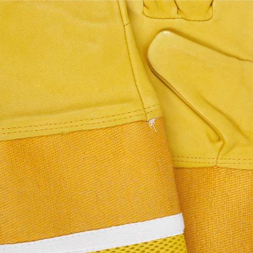 Bee keeping gloves