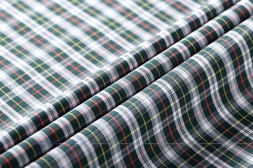 New arrival custom 50s yarn dyed shirting fabric wholesale stock plaid roll 100% cotton fabric