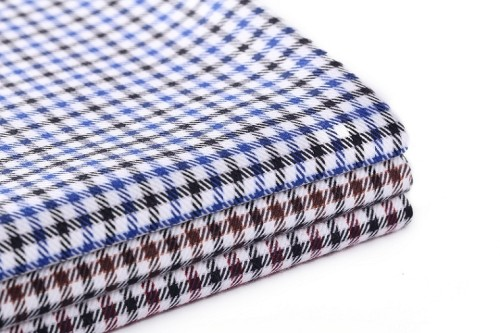 Wholesale stock 100% cotton clothing woven fabric good quality custom plaid fabric for shirting