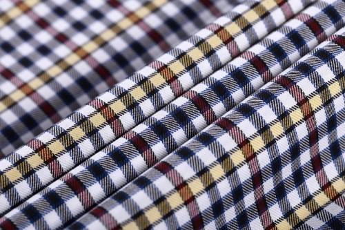 New model custom stock plaid shirt woven fabrics top selling fashion 100% cotton fabric