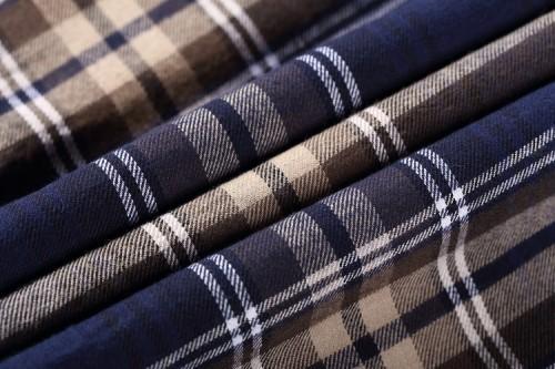 Popular Stock Shirting Woven Textiles Fabrics Hot Sale Plaid 100% Cotton Shirt Fabric For Men