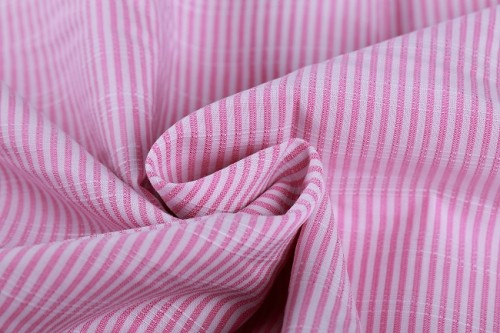 Modern style soft breathable woven striped roll cloth 100% cotton fabric manufacturer