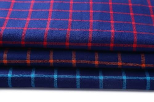 Fashion Stock 100% Cotton Shirts Garment Fabrics For Sale